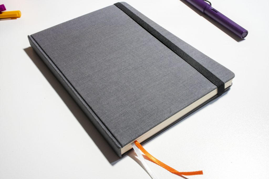 Pad & Quill Dot Grid Notebook review for bullet journaling!